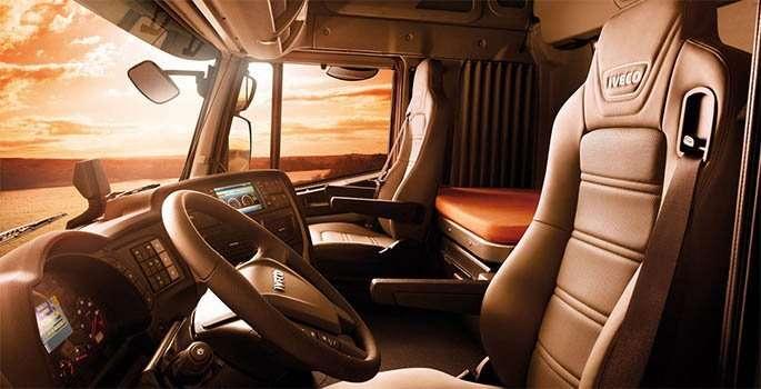 Gli interni di Iveco Stralis Hi-Way sono progettati sull'autista